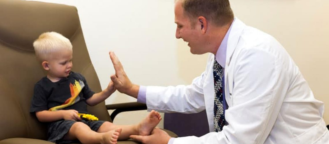 Pediatric Foot Pain Problems and Treatment, Pediatric Foot and Ankle, Gilbert AZ